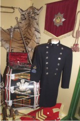 museum-band-cabinet